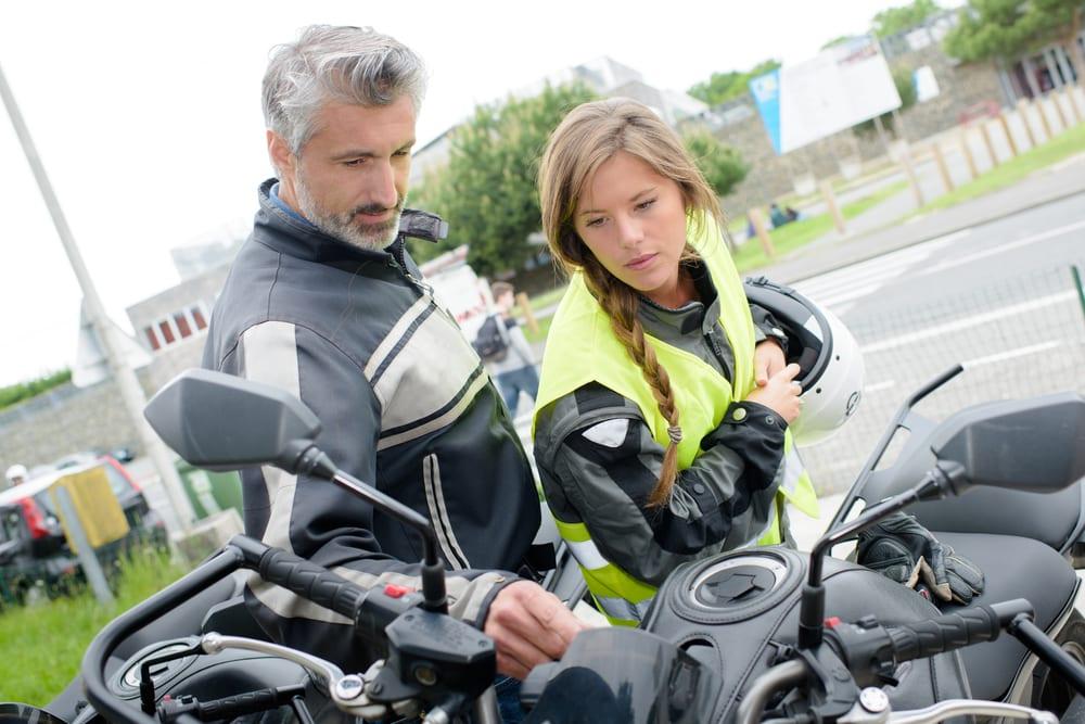 Permis moto électrique : que dit la loi pour conduire ce type de véhicule ?