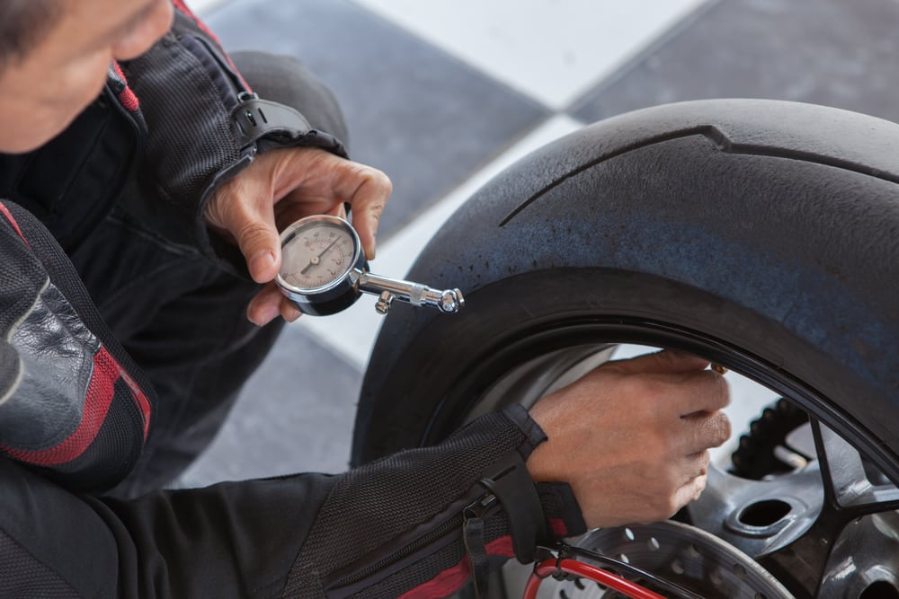 Entretien moto électrique : top des bonnes pratiques
