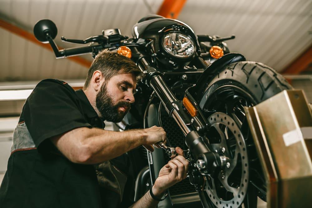 Entretien d'une moto électrique : beaucoup moins lourd que le thermique?